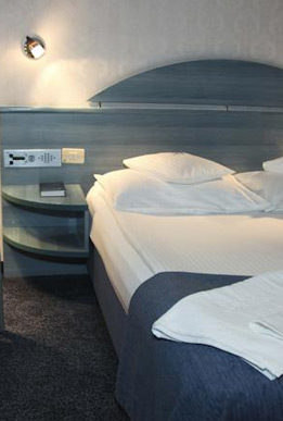 cazare-camera-hotel-continental-forum-oradea-bihor