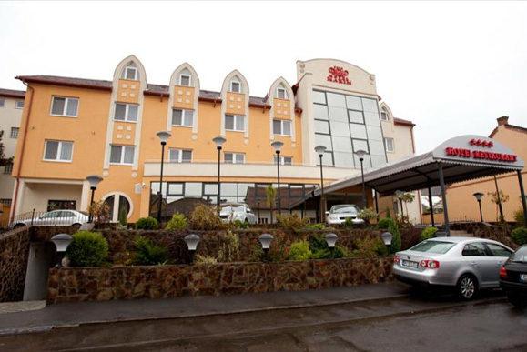 Cazare Hotel Maxim Oradea