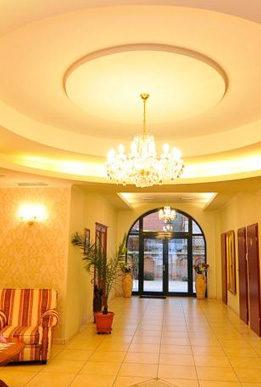 cazare-intrare-hotel-maxim-oradea-bihor-eu