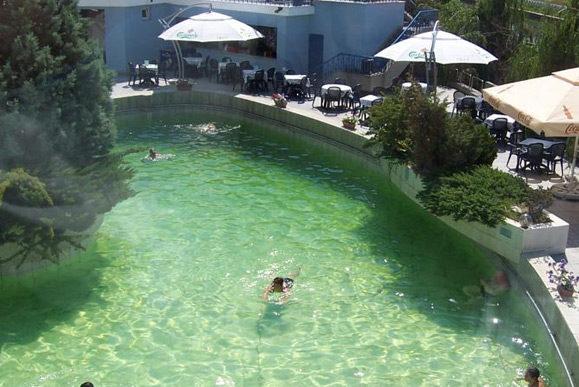 cazare-piscina-hotel-continental-forum-oradea-bihor