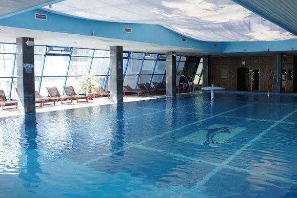 cazare-piscina-hotel-impero-oradea-bihor-eu