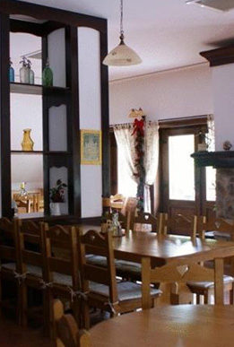 cazare-restaurant-pensiunea-casa-motului-bb-arieseni-bihor