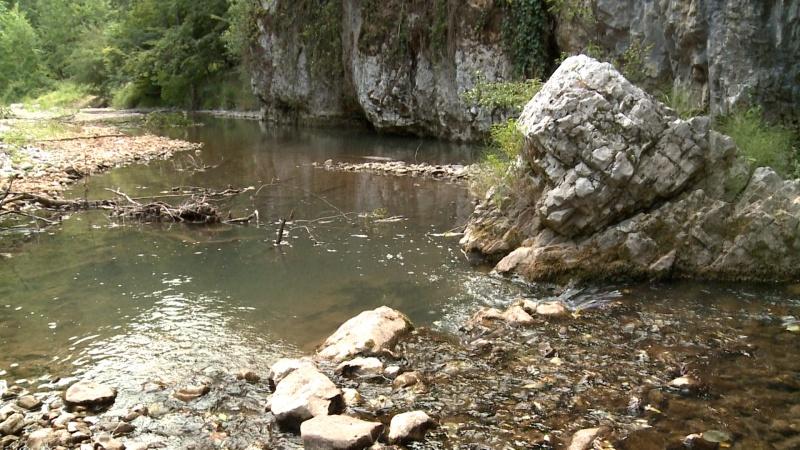 lacul vida paradisul fara turisti din bihor dobresti - pestera si izvor